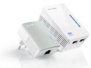kit doppia di adattatori powerline per estendere la connessione ADSL