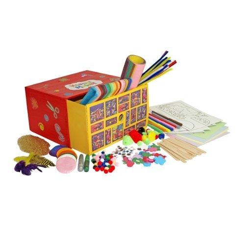 kit di materiali e oggetti per gioco creativo infanzia